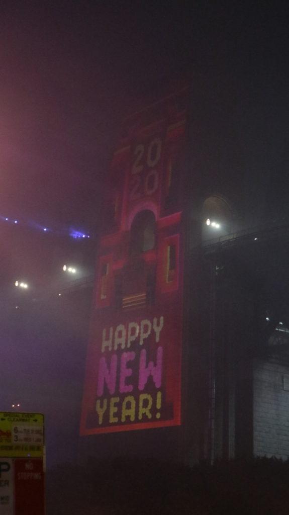 Turm mit Neujahr Gruß