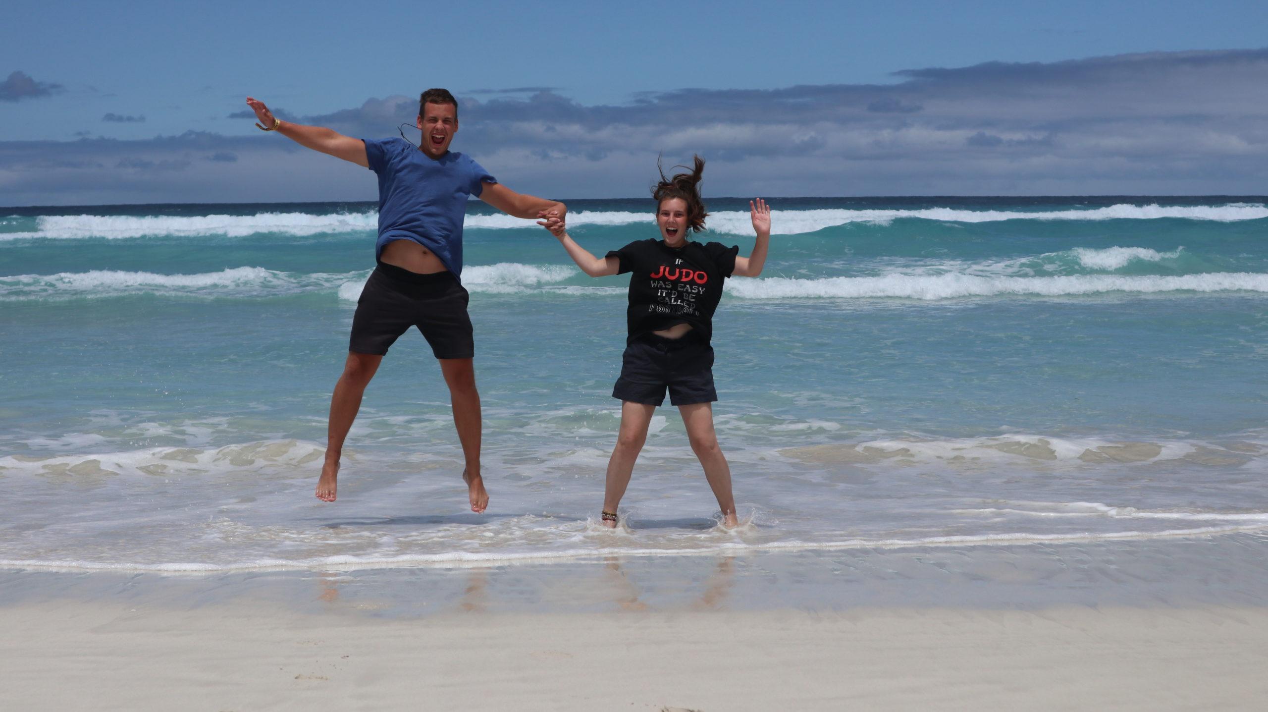 Wir am Strand